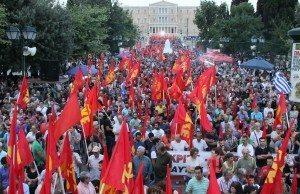 Bild från KKE:s massdemonstration i Aten den 26 juni.