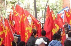 Spanska folkens kommunistiska parti (PCPE) påtalar att lagens huvudsakliga mål är att tysta ner protesterna mot politiken som gynnar storkapitalets intressen.