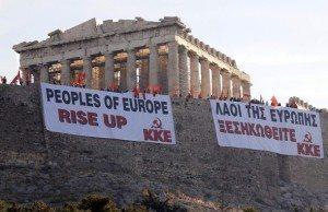 Greklands Kommunistiska Parti kämpar för utträde ur EU och NATO, liksom en socialisering av produktionsmedel.