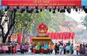 Krigsslutet firades i Vietnam.