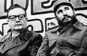 Salvador Allende tillsammans med Fidel Castro.