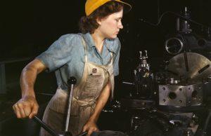 En kvinnlig fabriksarbetare 1942 i Texas.