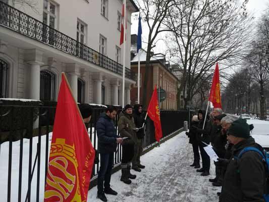 Bild från manifestationen i Stockholm.