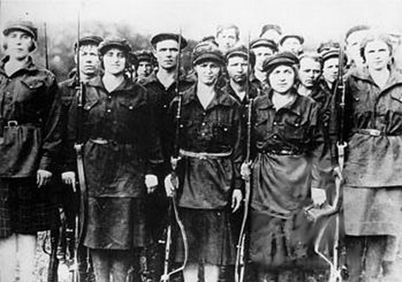 Kvinnor i den ryska revolutionen.