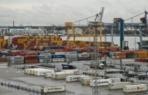 Bil- och Transportbranschens Arbetarförbund (AKT) varslar om en utvidgning av sin sympatistrejk som kan lamslå hamnarna. Foto: Hakli Kari, Helsingin kaupunginmuseo (CC BY 4.0)