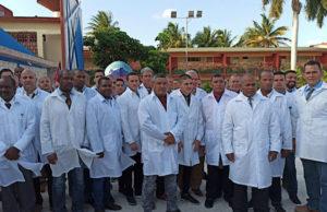 En del av den kubanska medicinska brigaden skickas till Italien. Foto: Elpaís.cr