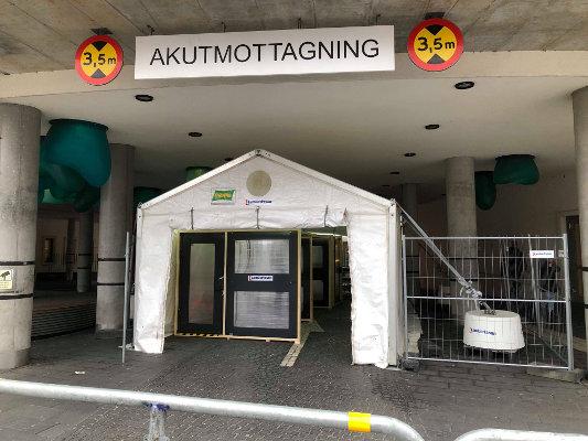 Utanför Skånes Universitetssjukhus, SUS, Malmö den 18 mars. Foto: Riktpunkt